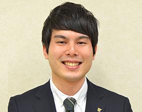 けやき通り教室長 釘山健太郎