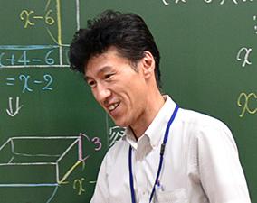 帯山校校長 藤本 良